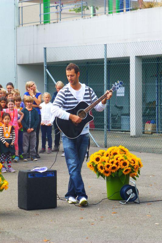 Primarschule Rümlang - Begrüssung zum neuen Schuljahr 2015